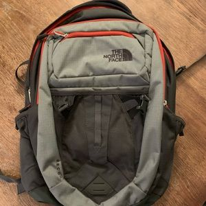 New The North Face Recon Flexvent backpack